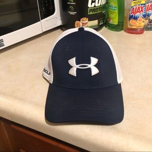 Awesome under armor golf hat exceptional condition